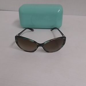 Tiffany woman sunglasses TF 4045 cat eye